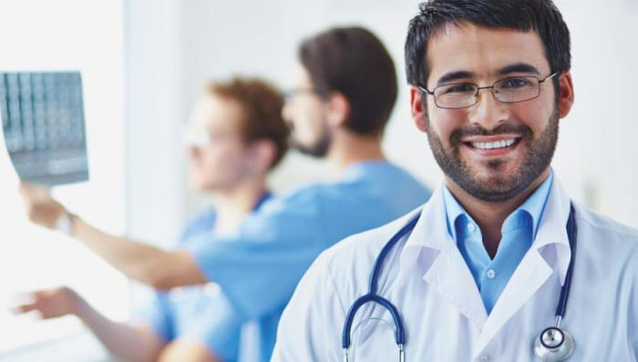 A New Doctor's Guide to Paying Off Medical School Debt