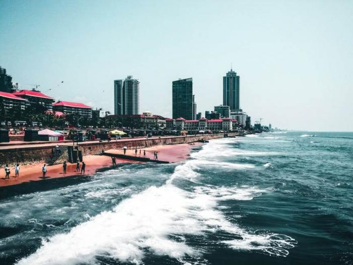 Best Beach Cities to Live and Work as a Healthcare Professional