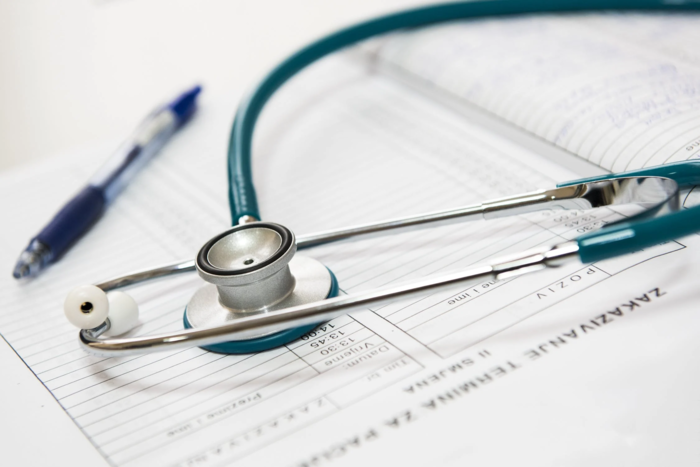 15 Great Healthcare Scholarships Available