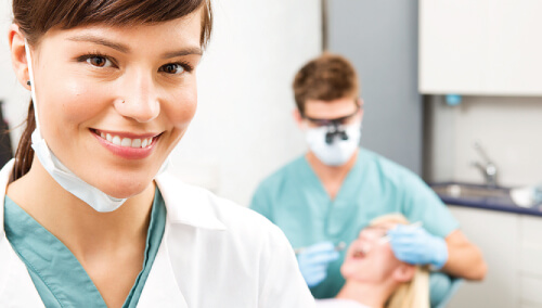 Dental Assistant - Careers in Dentistry