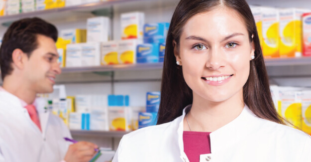 Pharmacy Technician - Entry Level Medical Jobs That Don't Require A Degree